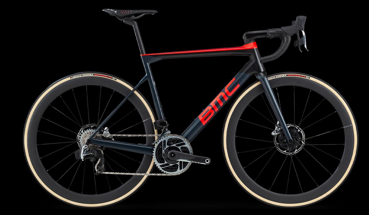 BMC Teammachine SLR01 Disc road bike
