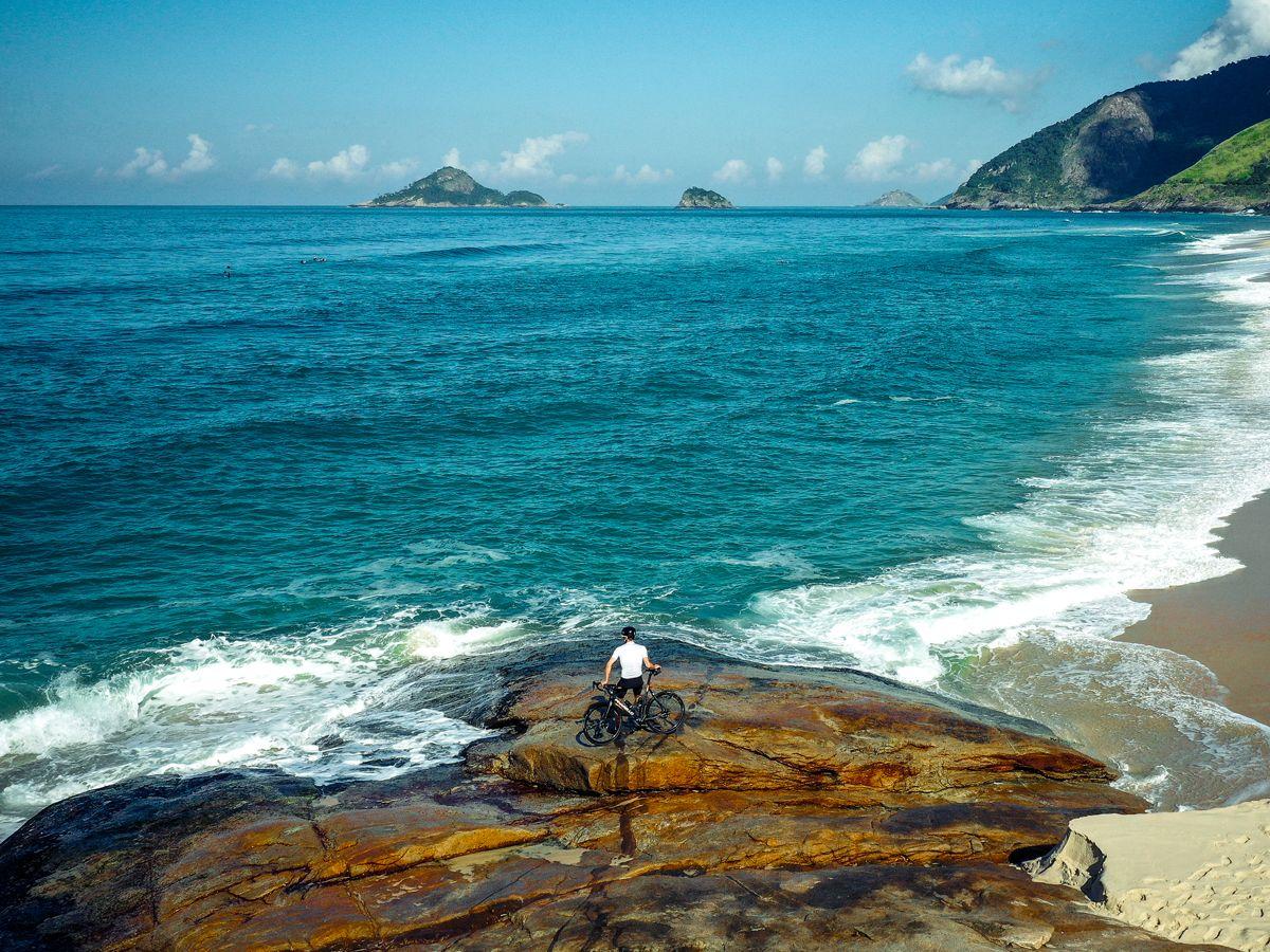 Cyclist riding in Rio de Janeiro