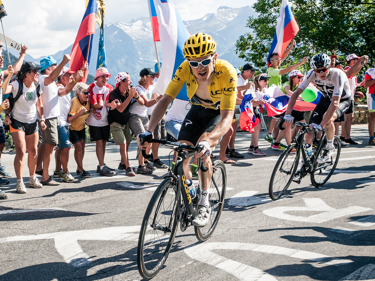 Geraint Thomas and Chris Froome riding bikes