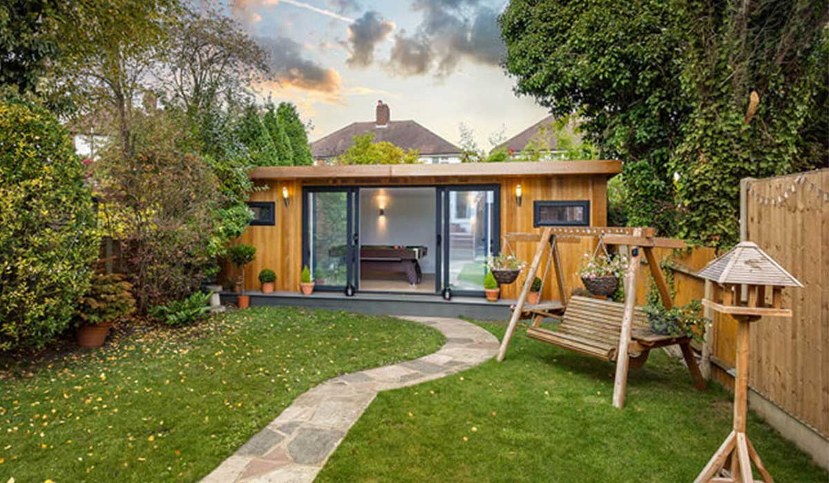 Luxury shed for cycling