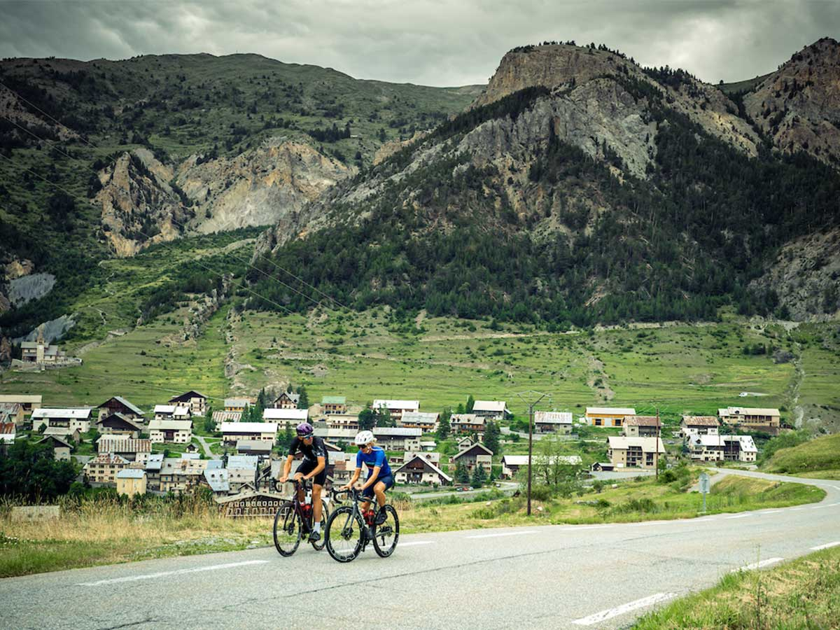 Col d'izoard cycling
